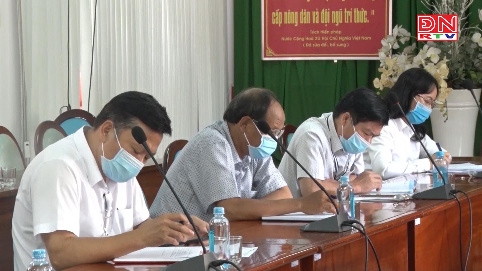 Huyện Định Quán: Họp khẩn để triển khai các biện pháp phòng, chống dịch Covid-19